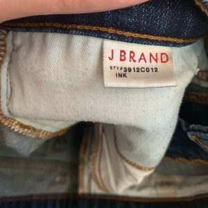 J Brand Jeans - J Brand 912 Low Rise Pencil Straight Leg Jeans